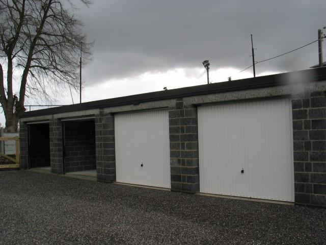 Garage (ferme) - Mettet - #2407302-1